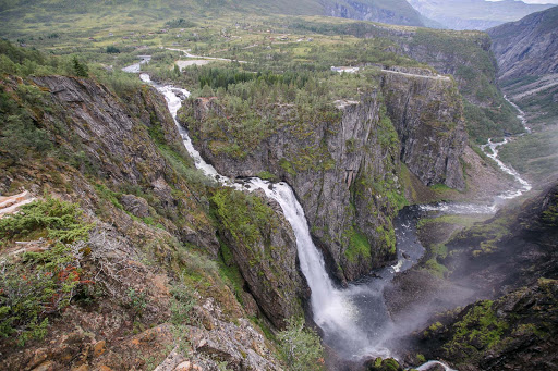 Voringsfossen-falls-main.jpg - Majestic Vøringsfossen waterfall is located in Måbødalen valley in Eidfjord, Norway.