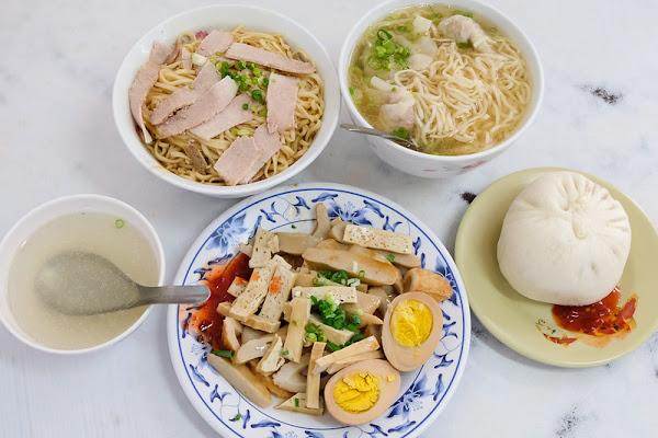 大菜市包仔王 意麵、魯味、肉包 飄香超過六十年!老台南人的小吃口袋名單!