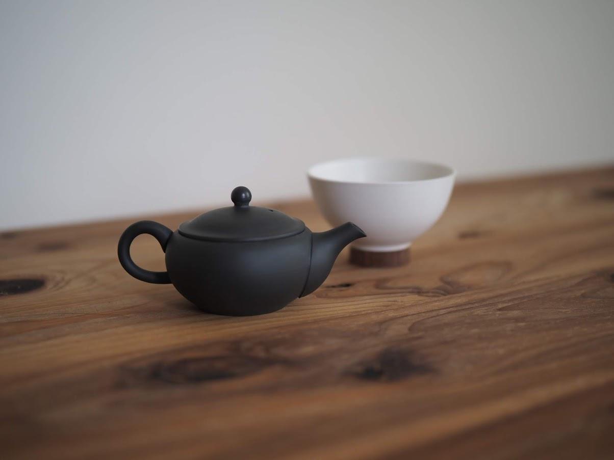 お茶を1分蒸らす
