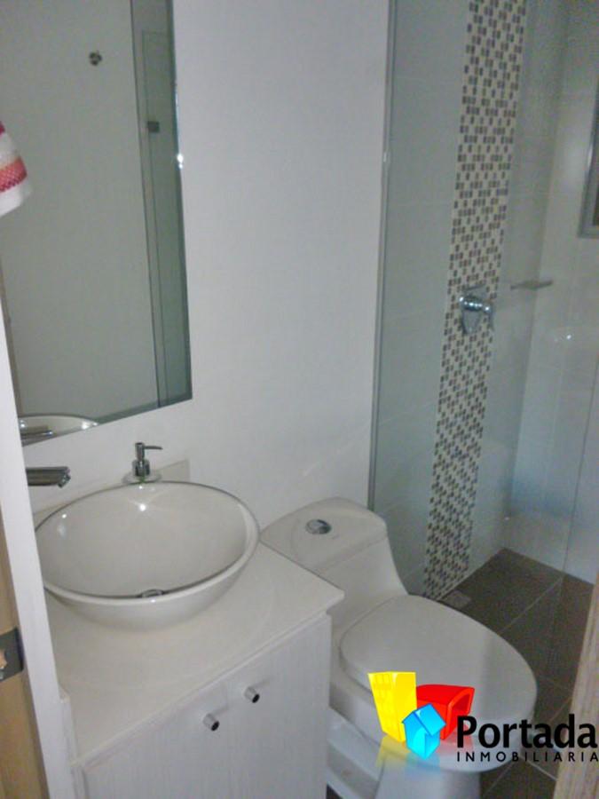 apartamento en arriendo el esmeraldal 679-5930