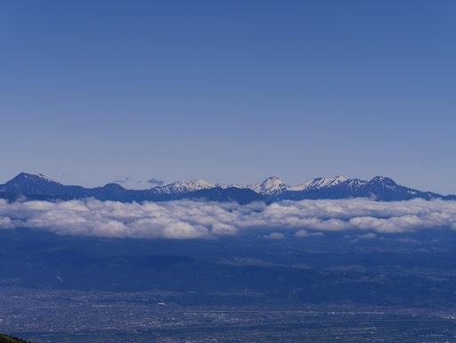 妙高山・火打山・焼山・黒姫山・地蔵山・高妻山など