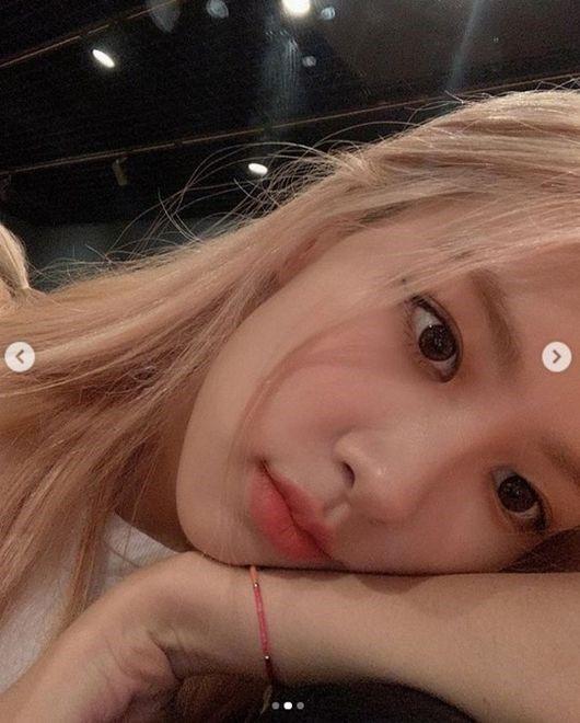 rose selfie2