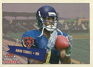 Photo: David Terrell 2001 Fleer Tradition Glossy RC (#0327/2001)