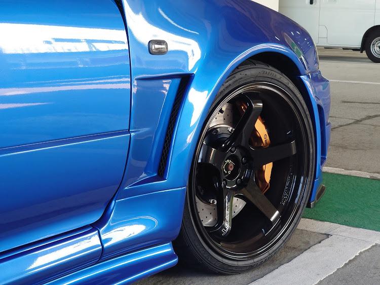 スカイラインGT-R BNR34のADVAN GT BEYOND,タイヤに関するカスタム&メンテナンスの投稿画像1枚目