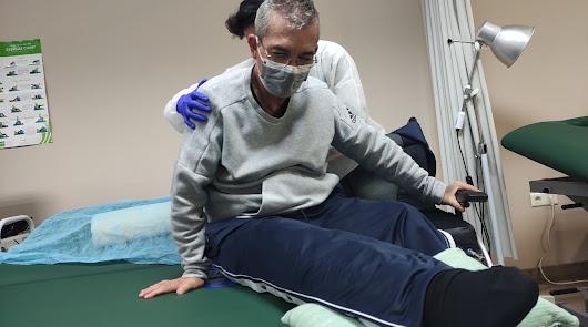 Verdiblanca destina a su centro de fisioterapia la donación del Mesön Elëctrico