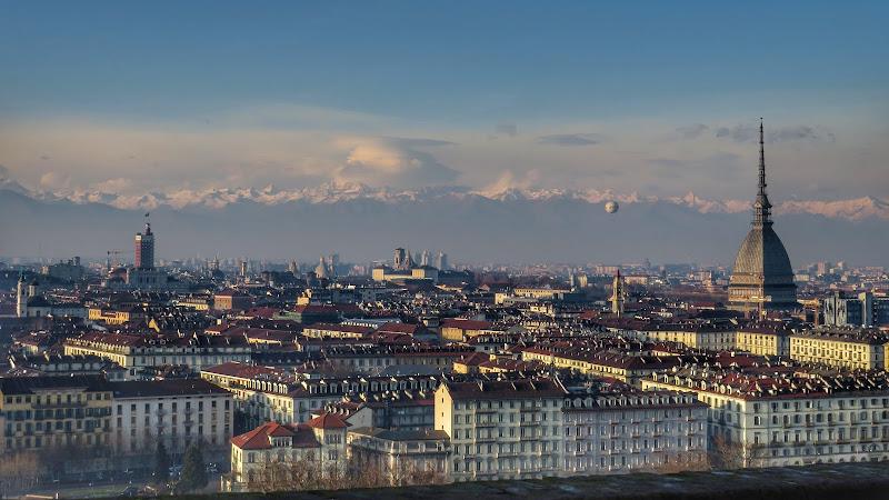 Torino in inverno  di Giorgio Lucca