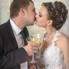 Wedding photographer Dmitriy Godza (godza). Photo of 21.02.2015