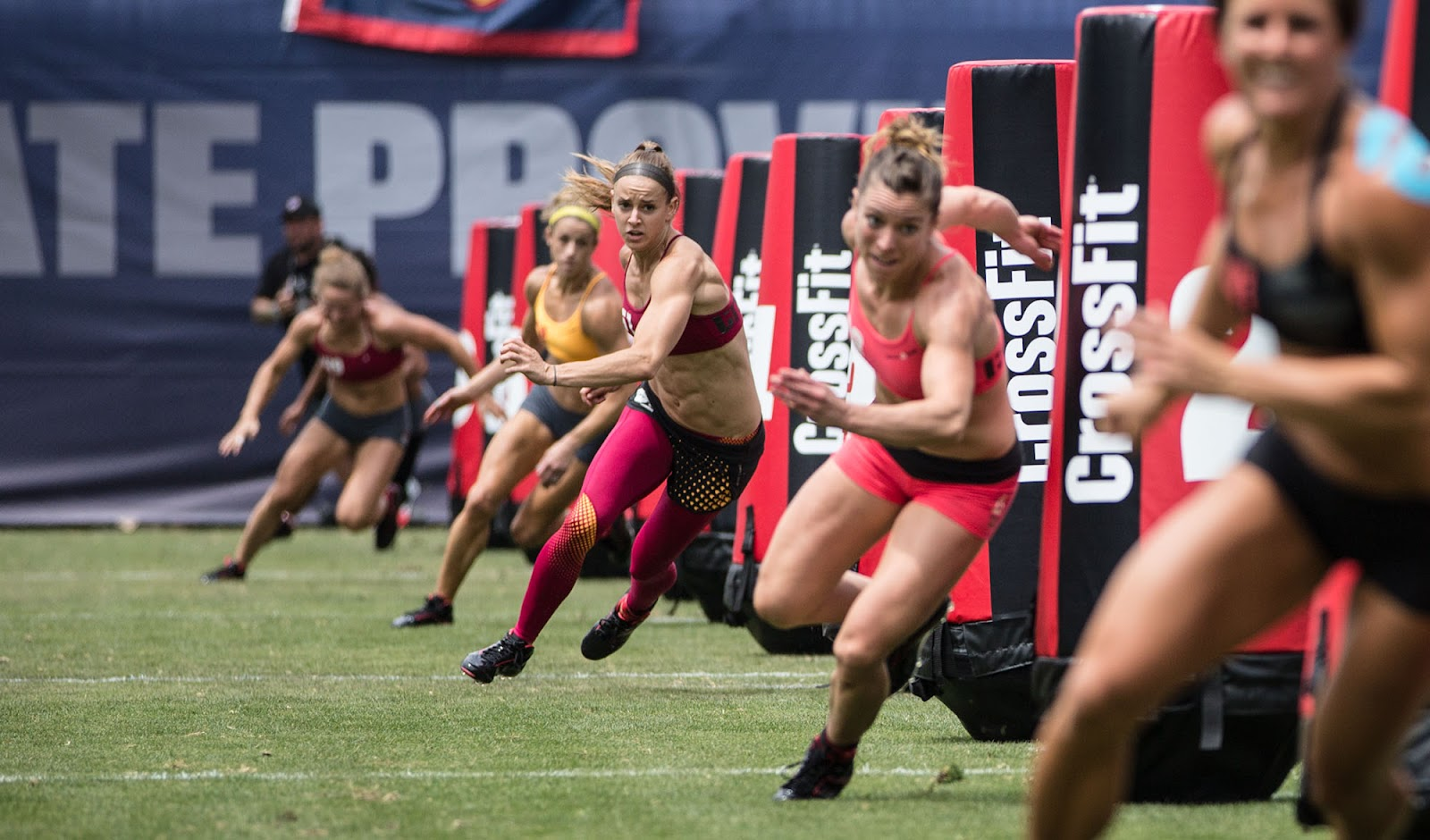 crossfit-games-2013-women-zigzag-sprint.jpg
