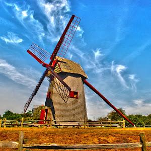 windmill_hdr.jpg