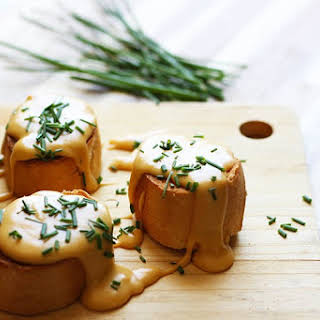Easy Traditional Welsh Rarebit | Toast With Cheese Sauce.
