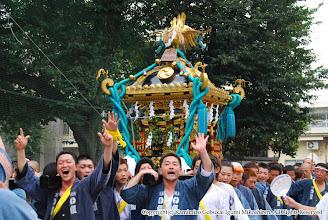 Photo: 【平成19年(2007) 本宮】 田中地区の氏子回り。上溝小学校付近。