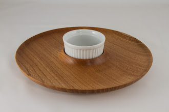 "Photo: Mike Colella 10"" x 1"" Chip & Dip Platter with Glass insert [American Elm]"