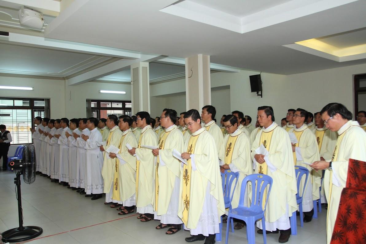 Lễ Phong Chức Phó Tế tại Toà Giám Mục Nha Trang - Ảnh minh hoạ 6
