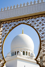 Photo: Beautiful Sheikh Zayed Grand Mosque in Abu Dhabi, UAE