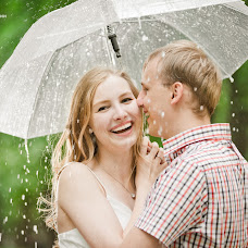 Wedding photographer Antonova Tatyana (respectphoto). Photo of 06.06.2014