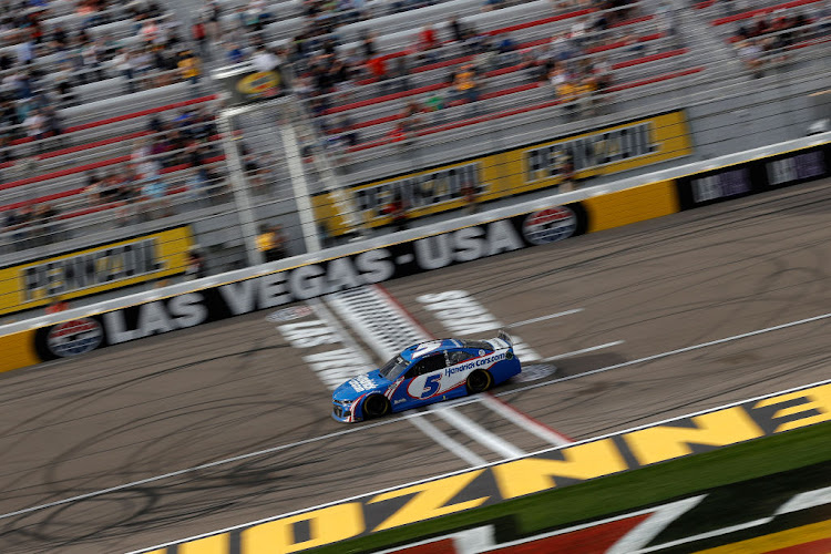 Kyle Larson, driver of the #5 HendrickCars.com Chevrolet, races during the NASCAR Cup Series Pennzoil 400 presented by Jiffy Lube at the Las Vegas Motor Speedway on March 7 2021 in Nevada.