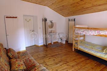 appartement à Saint-Jean-du-Bruel (12)