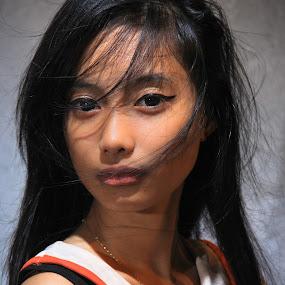 by Maji Shuki - People Portraits of Women