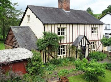 Former wheelwrights house