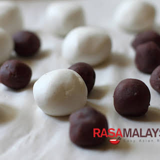 Red Bean Dumplings Recipe (红豆汤圆).