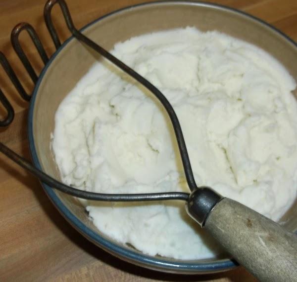 ** Bonus recipe ** MASHED POTATOES:  7-8 medium idaho or russet potatoes, peeled water to cover 1...