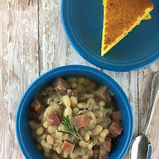 Slow Cooker White Bean and Ham Soup.