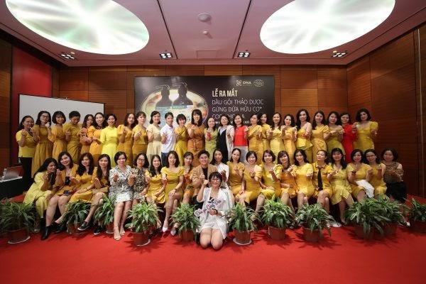 """ONA Global tưng bừng tổ chức Lễ vinh danh """"Top 30 nữ doanh nhân xuất sắc nhất của quý III năm 2020"""" - Ảnh 2"""
