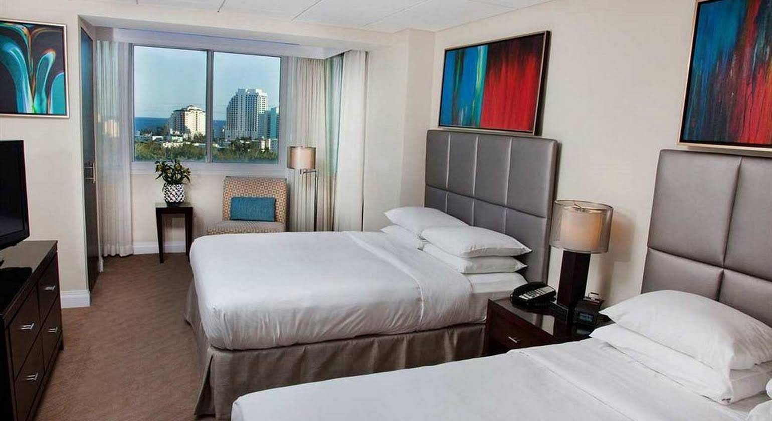 Gallery ONE - A DoubleTree Suites by Hilton Hotel