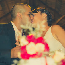 Wedding photographer Ariel Troche (troche). Photo of 17.02.2014