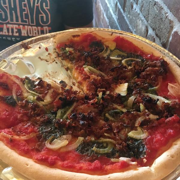 Gluten free pesto, onion and bacon pizza. Terrific crust!