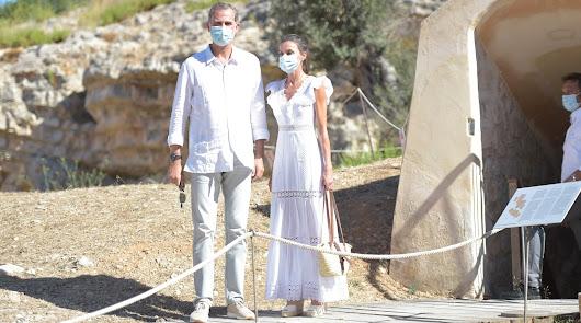 El look ibicenco de Felipe y Letizia para recorrer la isla