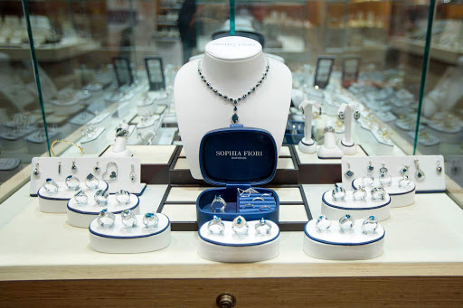Sophia Fiori diamonds can be had on Holland America's ms Oosterdam.