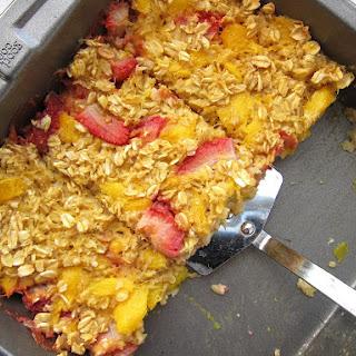 Strawberry Mango Baked Oatmeal