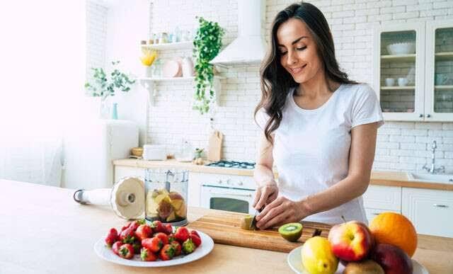 5 เครื่องปั่นมือถือ คุณภาพดี ที่ช่วยเพิ่มความสะดวกให้กับคนรักการทำอาหาร ! 02