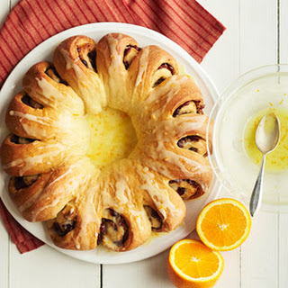 Cranberry-Orange Tea Ring.