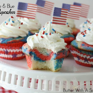 RED, WHITE & BLUE SWIRL CUPCAKES