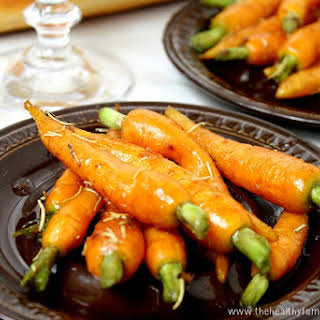 Rosemary and Garlic Maple Glazed Carrots (Vegan, Gluten-Free, Dairy-Free, Paleo-Friendly, No Refined Sugar).