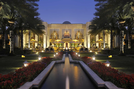 The Royal Mirage of Dubai offers luxurious lodging and restaurants.