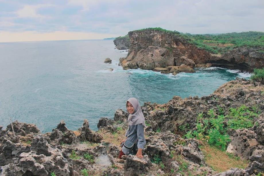 Pantai Krakal - Pantai di Gunungkidul, Yogyakarta by @denisprahasiwi