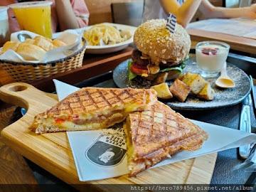 Peter Better (PB Cafe)