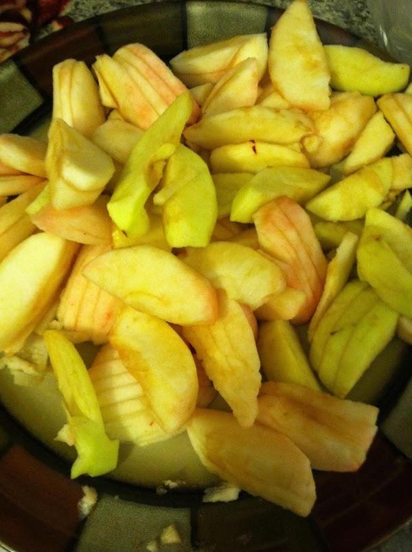 Slice the apples. Set aside. Mix the 3/4 c sugar, 1 tsp cinnamon, nutmeg,...