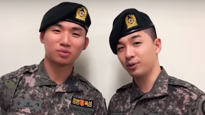 Daesung and Taeyang together in the military