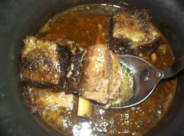 Bea's Crock Pot Beef Short Ribs