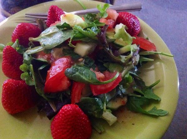 No Fuss Baby Lettuce Salad Recipe