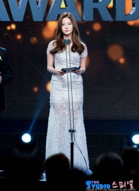 yura dress 63