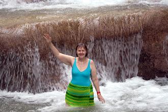 Photo: Vesiputouskohteessa taas (vrt. Devil's Pool Victorian putouksilla Zambiassa)