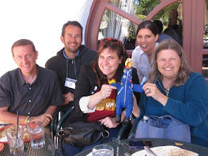 Photo: Jesse, Erik, Marimikel, Camilla, Michele & Annie! All fed, ready for more SETIcon sessions...