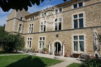 propriété à Cornillon-Confoux (13)