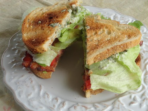 BLT With Avocado & Spicy Sauce