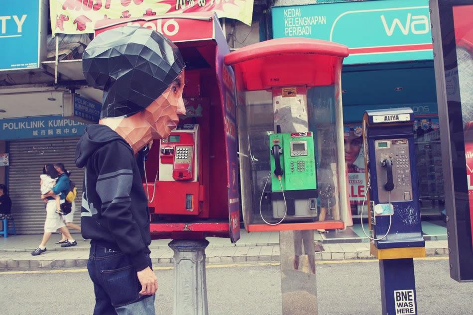 Making bighead prank phone call?